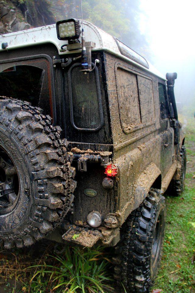 Land Rover Defender 90 off road while on safari in Uganda - www.instinctsafaris.com