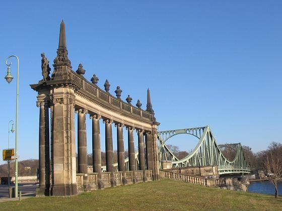 * Ponte Glienicker * Potsdam, Alemanha.