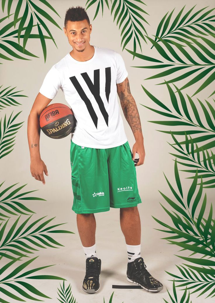 Green vibes !  #Summer #Wap #Two #Tony #Parker #Ete #Palm #Trees #Basketball