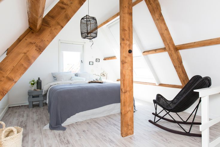 Meer dan 1000 idee n over bos slaapkamer op pinterest boom bed slaapkamers en bos kamer - Amenager laag zolder ...