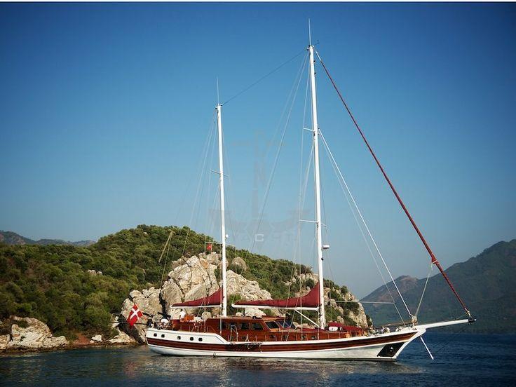 CLARISSA | CNL Yacht