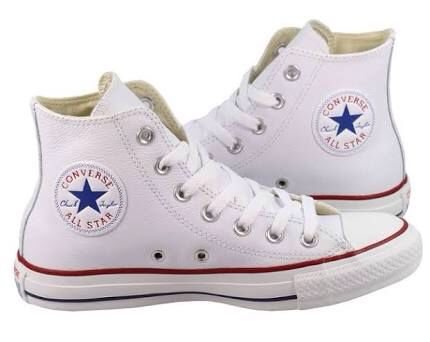Converse Leather hi-tops in Optical White