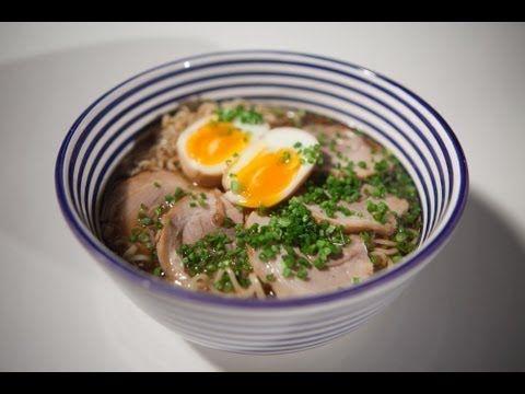 No se puede negar que la comida oriental es también una de las mas exóticas, por ello aquí como preparar : Shoyu Ramen.