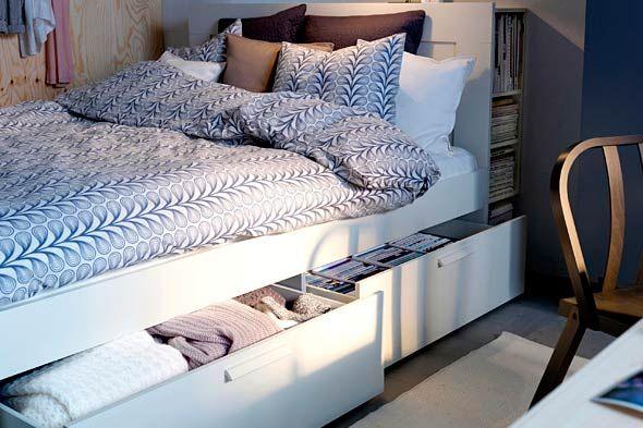 Brimnes, struttura letto IKEA  http://www.ikea.com/it/it/catalog/products/S29895758/    Brimnes, testiera con vano contenitore IKEA  http://www.ikea.com/it/it/catalog/products/80182063/
