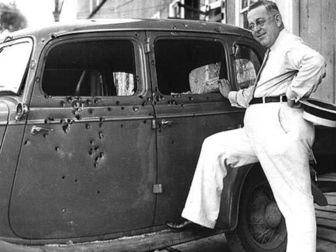 Bonnie And Clyde S Bullet Riddled Death Car