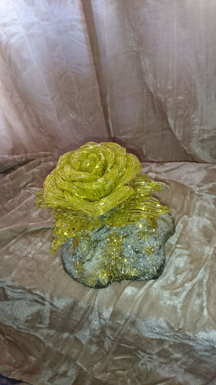 Жёлтая роза 🌹