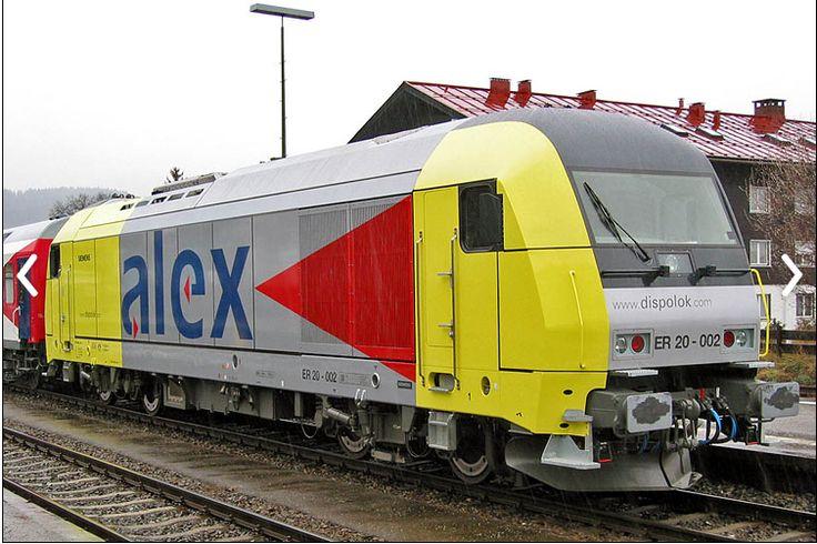 120 207 fährt in Eschweiler ein. _ Mit trains.by_me _