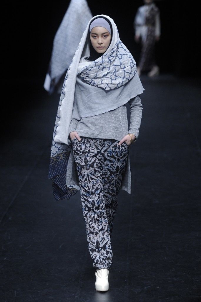 FASHION OF CULTURE | Where Fashion Meets Heritage.: NurZahra Fall 2014: Stylish Takes on Traditional Muslim Looks