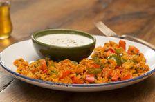 Dampfgaren ist vielseitig: Wie wäre es mit Reis, knackigem Gemüse und feinem Lachs und als Nachspeise eine Dampfnudel?