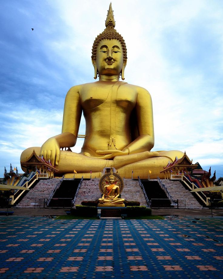 Sitting Buddha the tallest statue in Thailand and the eighth tallest in the world Ang ThongThailand  For the ebook The Bangkok Story an Historical Guide to the Most Exciting City in the World - go to http://ift.tt/2kq9do7  #aroundtheworld #worldtraveler #jonathaninbali #www.murnis.com #travelphotography #traveler #lonelyplanet #travel #travelingram #travels #travelling #traveling #instatravel #asian #photo #photograph #outdoor #travelphoto #exploretocreate #createexplore #exploringtheglobe…