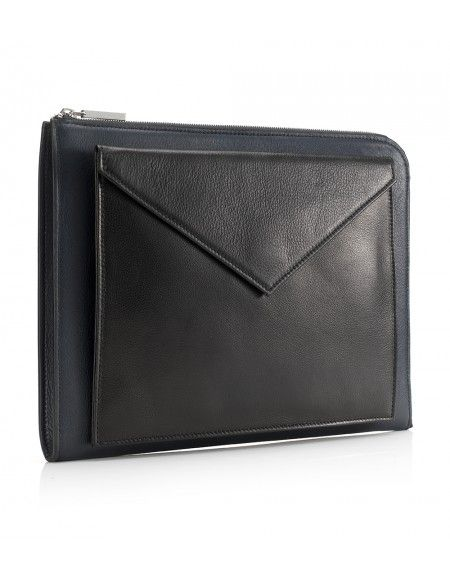 Mark Giusti Nappa leather laptop cover - perfect for the business men out there! Available now on the PG