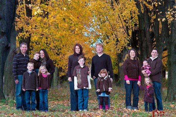 Fall Family Portraits Clothing Ideas 35 Stupendous