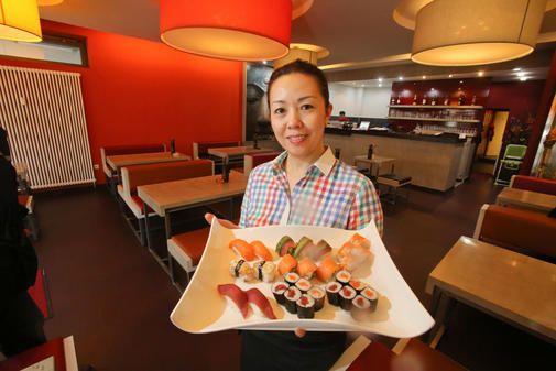 """Seit fast drei Jahren ist das kleine, feine Asia-Lokal """"Sushi Berlin"""" eine feste Adresse in der Osterstraße. Klares Design, höflicher Service, frisch zuberei..."""