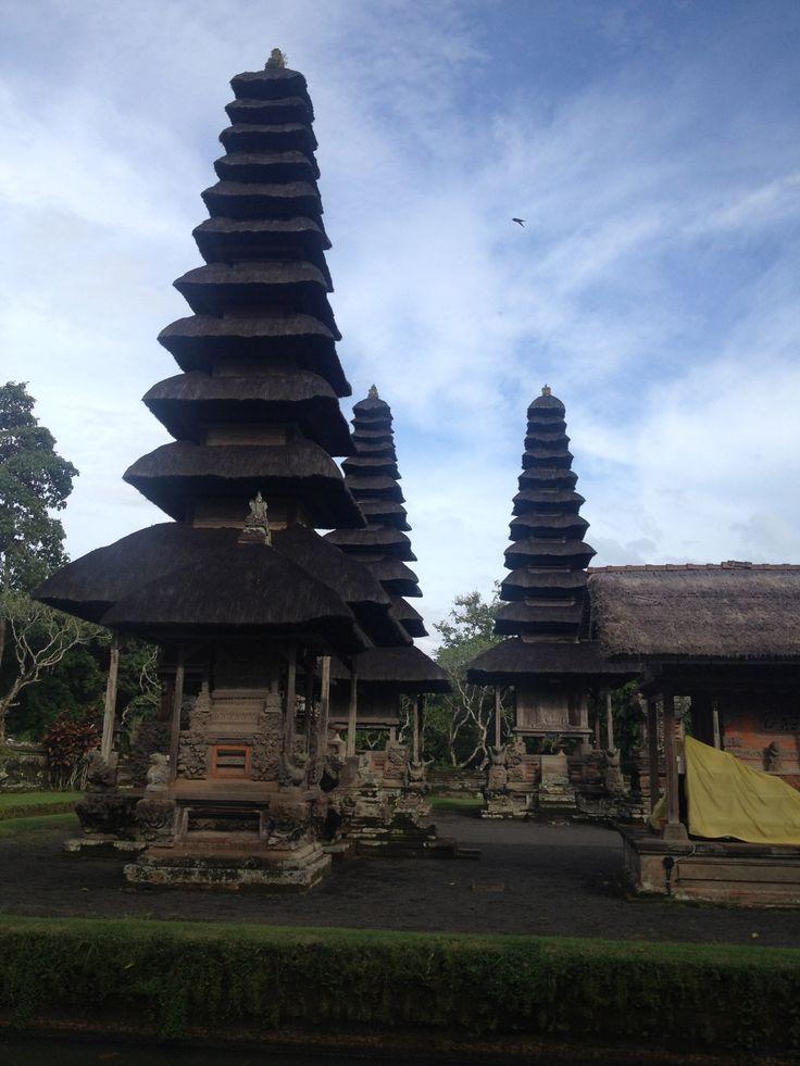 it's pagoda-like tiered roofs