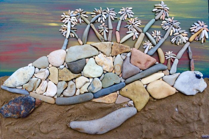 This Artists Creates Masterpieces From Stones He Finds On The Beach (12 images) | Kenga Rex | Page 7