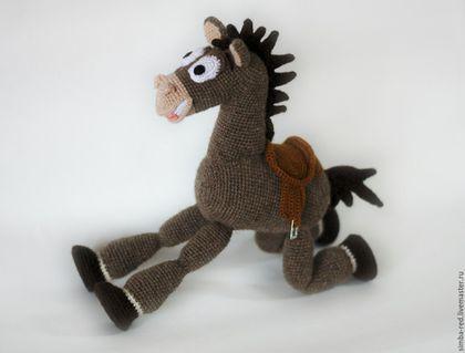 Вязаная игрушка. Конь Булзай (герой мультфильма История игрушек). Верблюжья…