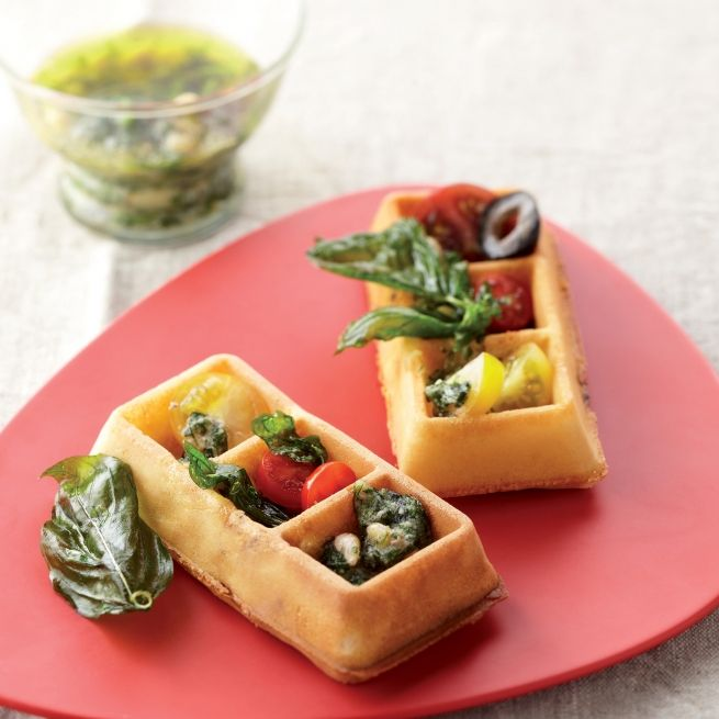 Gaufre tomate mozzarella et pesto basilic