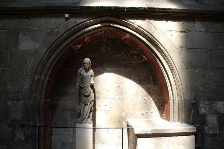 Figur - perfekt ausgeleuchtet, im Dom von Halberstadt