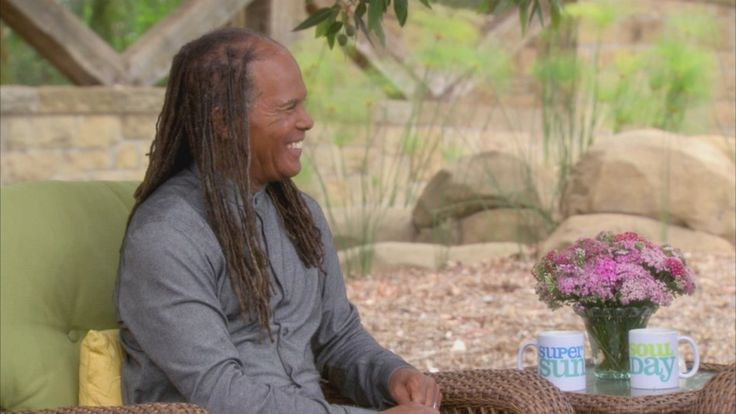 Spiritual pioneer Dr. Michael Bernard Beckwith shares a simple yet powerful prayer that can help you transcend your problems.