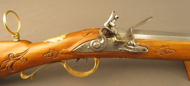 Exquisite 18th Century Gold Embellished German Flintlock Hunting Rifle