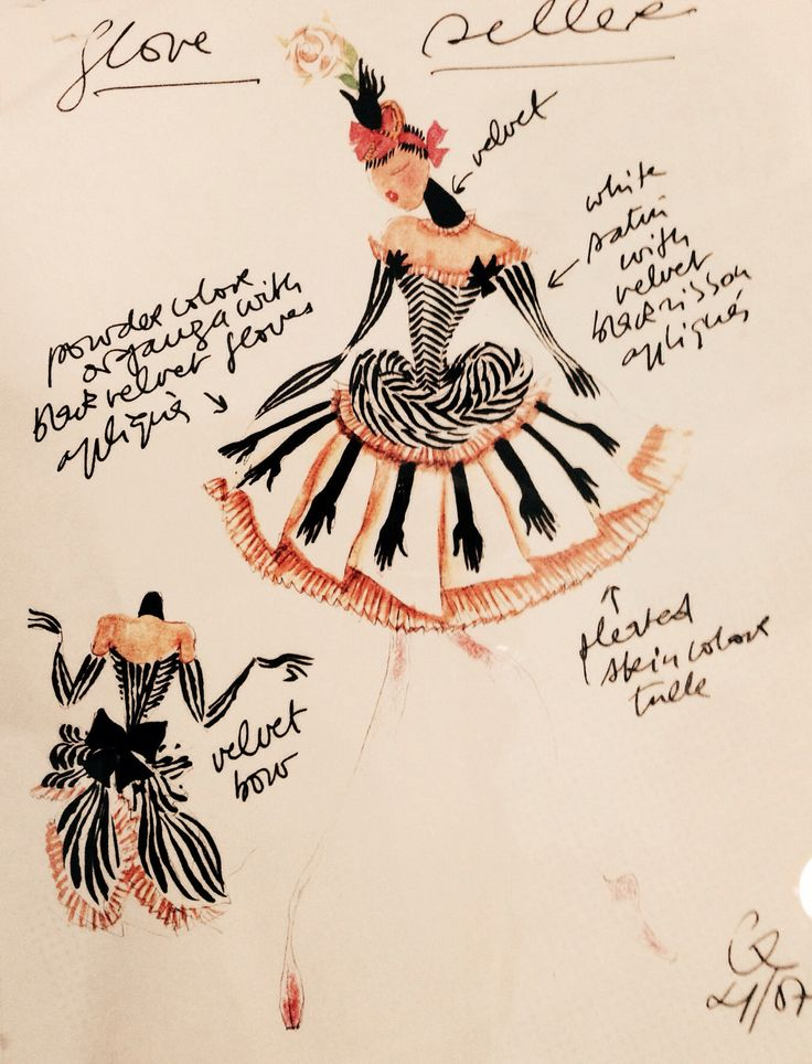 Christian Lacroix sketch. Foto taken at Les Arts De La Scène in Paris 2014 #illustration #fashion