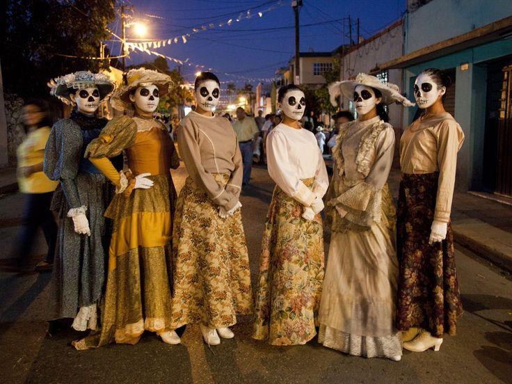 Dia de los Muertos - National Geographic Society
