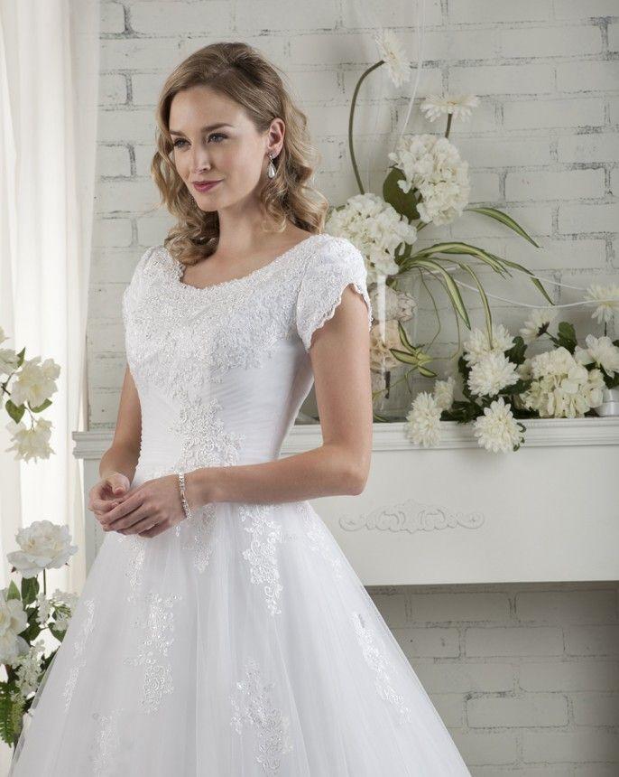 37 besten Modesty Collection Bilder auf Pinterest | Brautkleider ...
