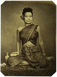 Khmer lady in late 1800s clothing in Sabai  (Khmer: ស្បៃ; Thai: สไบ)