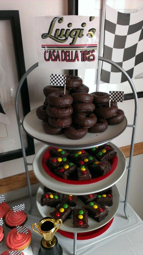 Disney Cars party treats: chocolate donuts and brownie stop lights
