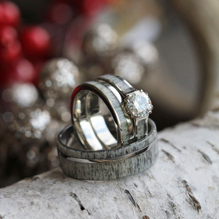 This deer antler wedding ring set is perfect for any hunters or couple who enjoys the wildlife. The bridal set is made with 10k white gold and has a...