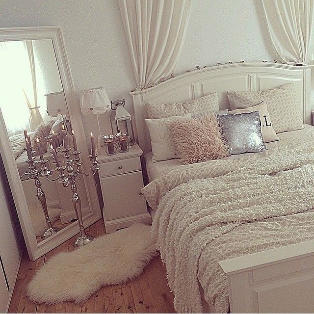 White Bedroom Inspiration | Blush Accents | Silver Accents | Elegant Teenage Girl Bedroom Idea