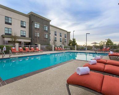 Hampton Inn & Suites San Diego-Poway Hotel, CA - Outdoor Pool