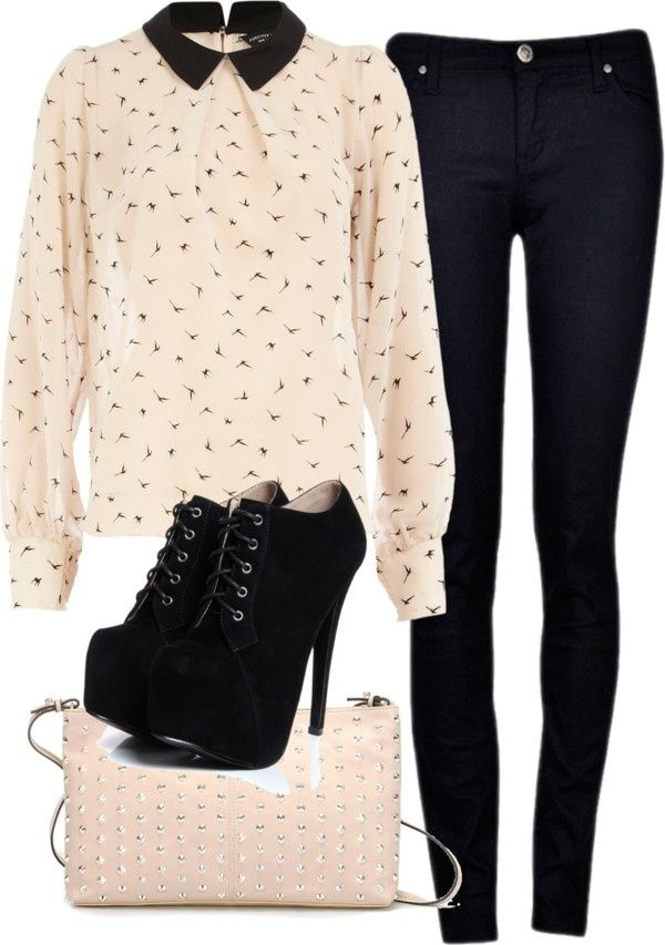 Printed blouse, black skinnies, platforms