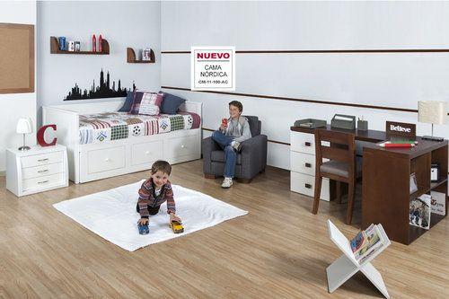AMBIENTE NIÑO NÓRDICO   Un ambiente cómodo ideal para espacio pequeños. Su cama en madera  con espaldar lateral y cajones es el actor principal para incrementar el espacio en la habitación. De esta manera se puede adecuar un escritorio y silla para aquellas largas jornadas de tareas.