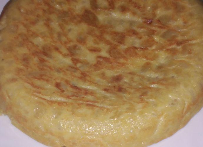 Tortilla de patata con cebolla para #Mycook http://www.mycook.es/cocina/receta/tortilla-de-patata-con-cebolla