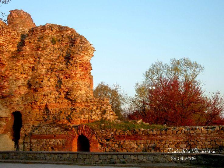 PRO kurort Курорт Хисар, Болгария. Основан во II в. Водами Хисари лечился римский император Септимий Север (страдал мочекаменной болезнью и подагрой)
