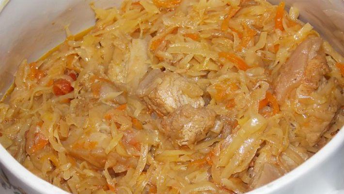 Бигус — традиционное блюдо литовской, польской, белорусской кухонь. Обычно готовится без помидор, томата и используют …