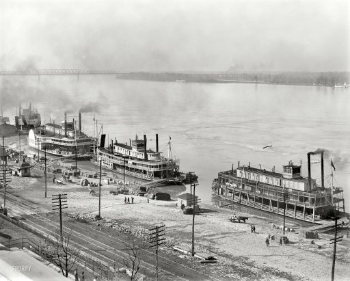"""Memphis, Tennessee, circa 1900. """"Mississippi River levee from the custom house. Steamboats James Lee, Harry Lee and City St. Joseph."""""""