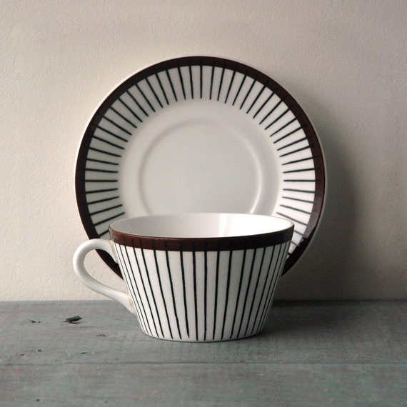 A Spisa Ribb Tea Cup designed by Stig Lindberg in the 1950's for the Swedish porcelain company Gustavsberg.