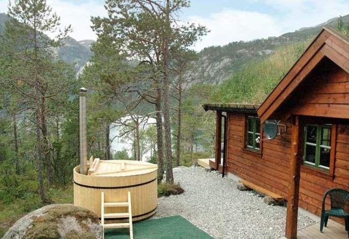 ferienhaus hyen n rdliches fjord in norwegen originell. Black Bedroom Furniture Sets. Home Design Ideas
