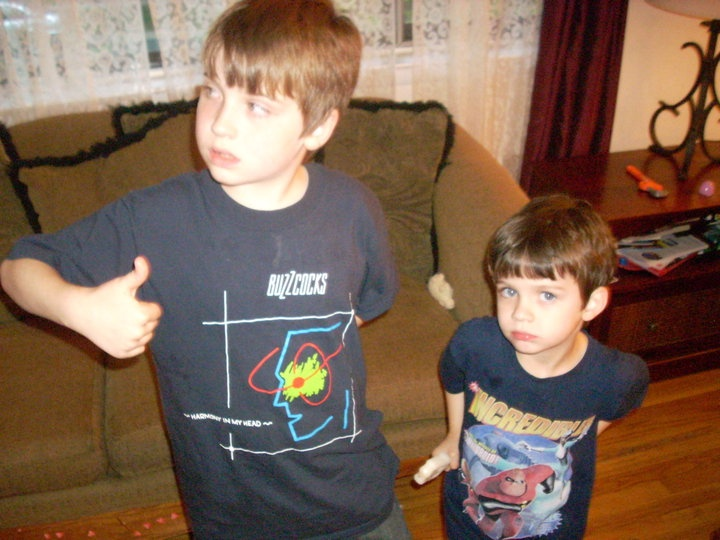 Buzzcocks - Harmony In My Head t-shirt. I really, REALLY want this shirt, seriously! I've tried Google searching for it forever w/ no luck. If anyone knows how to cop: size L, please!!!