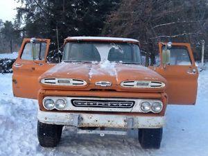 1960 Chevrolet Apache c104x4 not common in 4x4 Winnipeg Manitoba $4,500