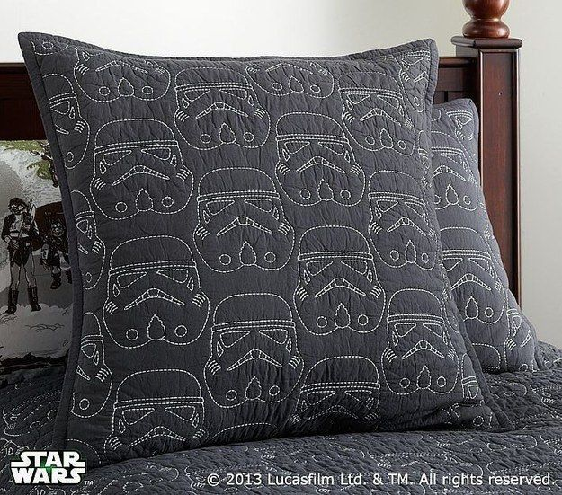 Hunt down the perfect bedding. | 21 Things You Need For The Perfect Star Wars Nursery