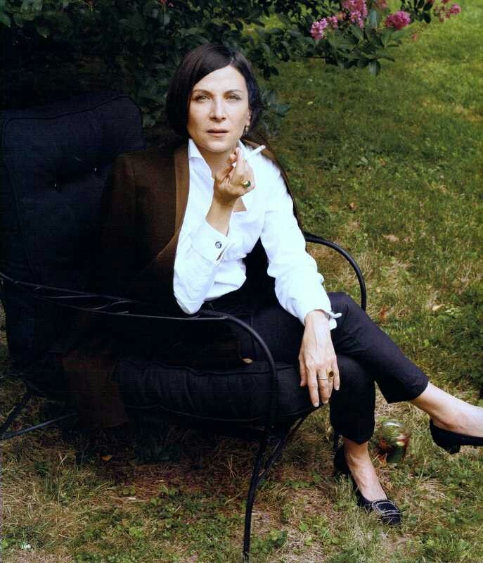 the secret history donna tartt This one-page guide includes a plot summary and brief analysis of the secret history by donna tartt the secret history, by donna tartt,.