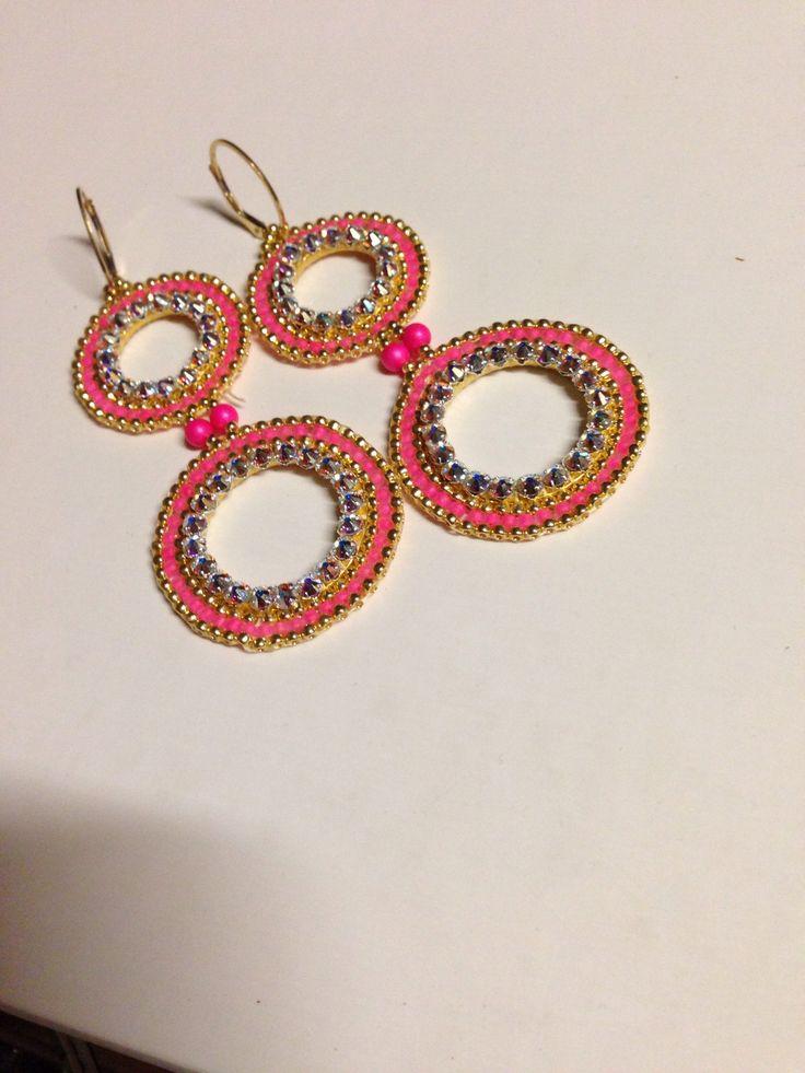 Boucles d oreilles realisees au stage de beads gone wild