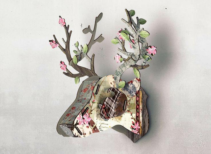Trophée de Cerf en kit en bois imprimé chez Miho. Des objets poétiques et fantaisistes pour orner vos murs.