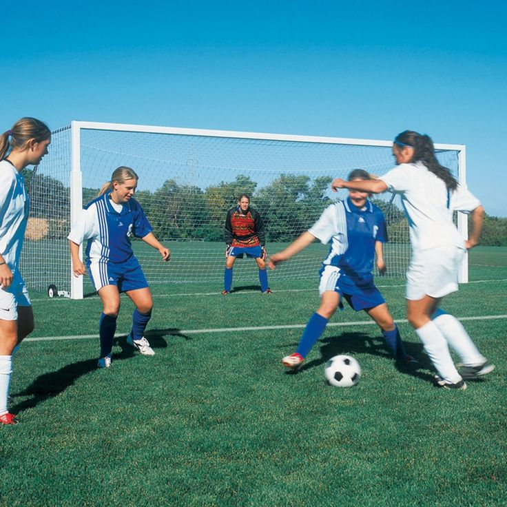 Bison International Soccer Goal (4'' dia. round)-8'Hx24'Wx4'Dx10