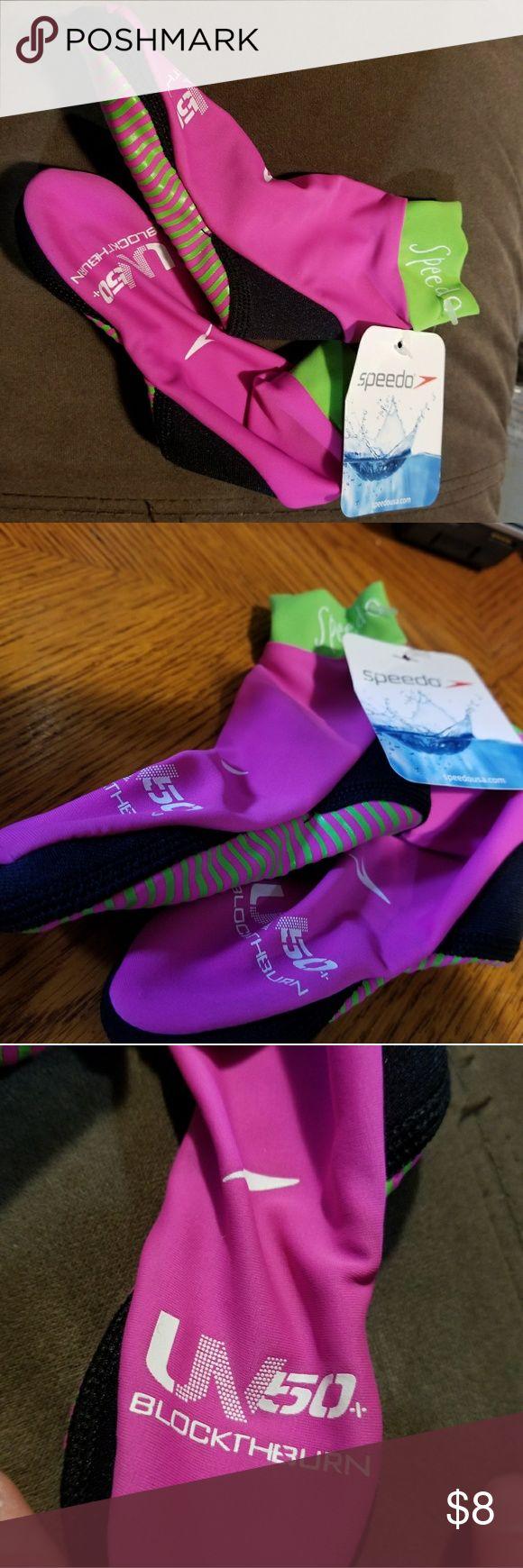 Nwt blockthburn Speedo kids water socks size S New with tags Speedo blockthburn size small girls. Speedo Shoes Water Shoes