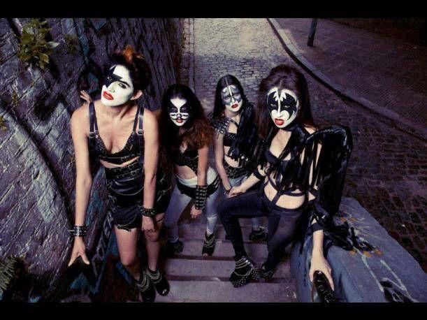 KISS: Bellas modelos argentinas se maquillan como los personajes de la banda rockera (FOTOS)
