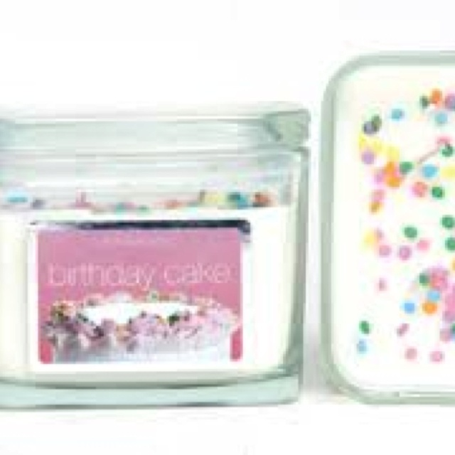Birthday Cake Scented Candle 3